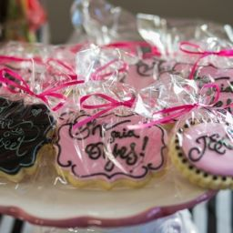 personalized bridal shower cookies